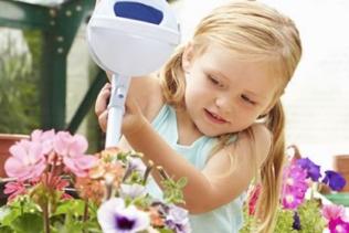 Esta tarde, ¡ toca jardinar con Lily !